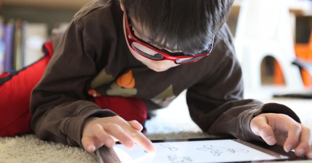 Draw on iPad Photo by Marcus Kwan